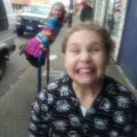 Снимок сделан в Academy Theater пользователем Zenaida L. 3/28/2012