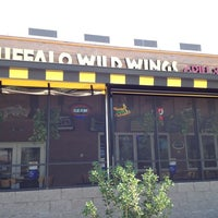 Photo taken at Buffalo Wild Wings by Mark H. on 8/2/2012