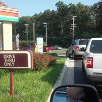Photo taken at Taco Bell by Tim H. on 8/4/2012