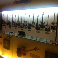 Photo taken at Hard Rock Cafe Pattaya by Pipo T. on 4/18/2011