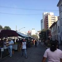 Photo taken at Feira de Higienópolis by Rodrigo R. on 6/15/2012