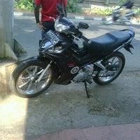 Photo taken at Lampu Merah Kebon Nanas by Vicky V. on 9/2/2011