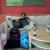 Photo taken at Ole London Hotel Macau 澳莱英京酒店 by duangta k. on 11/3/2011