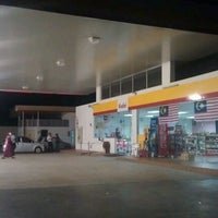 Photo taken at Shell Lahat by Muhammad Hanifi C. on 11/8/2011