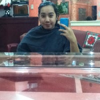 Photo taken at Pong's Salon by Mikee Q. on 7/13/2012