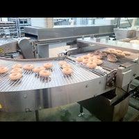 Photo taken at Krispy Kreme Doughnuts by James G. on 8/27/2012