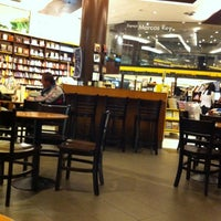 7/18/2012에 Maryy님이 Saraiva MegaStore에서 찍은 사진