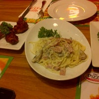 Photo taken at The Pizza Company by Khunnai S. on 1/24/2012