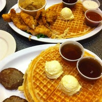 Photo taken at Home Of Chicken and Waffles by Alberto M. on 11/13/2011