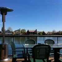 Photo taken at Waterfront Pizza by Kuni K. on 4/4/2011
