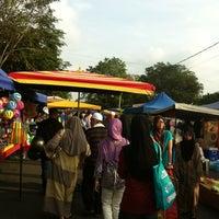 Photo taken at Pasar Pagi by Rahmat M. on 2/26/2012