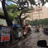 Photo taken at Jl. Denpasar by Yohannes N. on 11/15/2011