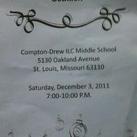 12/4/2011にBetty R.がCompton Drew ILC Middle Schoolで撮った写真