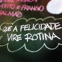 Photo taken at Dona Vitamina by Ana Claudia B. on 9/11/2012