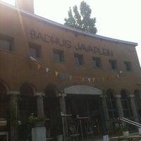 Photo taken at Het Badhuis by Harm S. on 7/27/2012