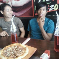 Photo taken at Pizza Palazzo Resto by Beng A. on 10/2/2011