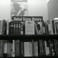 Photo taken at Barnes & Noble by Britty on 9/8/2011