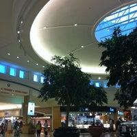 Das Foto wurde bei Ocean County Mall von Deb C. am 8/21/2011 aufgenommen