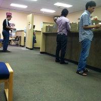 Снимок сделан в Erie County Auto Bureau (NYS DMV) пользователем Ella 5/25/2012
