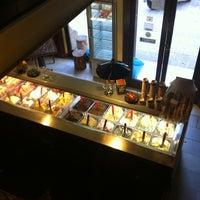 Foto tomada en Cremeria Toscana por sara el 2/11/2012