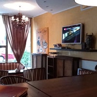 Photo taken at Coffee Cabinet by  Lys S. on 10/13/2011