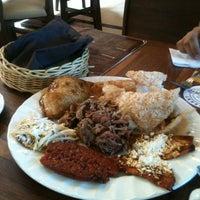 Foto tomada en Restaurant Mary Cristy por Sha R. el 7/22/2012