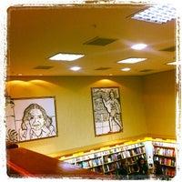 Photo taken at Saraiva MegaStore by Junior B. on 10/14/2011