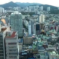 Photo taken at Lotte Hotel Busan by Tí N. on 8/23/2011