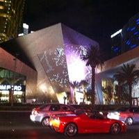 Das Foto wurde bei Louis Vuitton Las Vegas CityCenter von Damien S. am 7/19/2011 aufgenommen