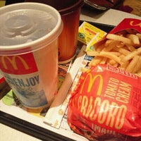 Photo taken at McDonald's by フグ田 マ. on 12/4/2011