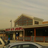 Photo taken at Joe's Crab Shack by DJ BinkParker on 10/31/2011