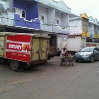 Photo taken at Pasar Kangkung by aris_e on 1/25/2012