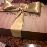 Foto tirada no(a) Empório Brownie por Damille C. em 7/24/2012
