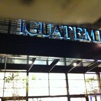 Foto tirada no(a) Shopping Iguatemi por Ricarte D. em 7/29/2011