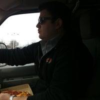Снимок сделан в Pontillo's Pizzeria пользователем Sean T. 2/14/2012