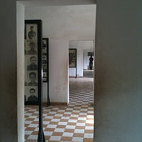Photo taken at Tuol Sleng Genocide Museum by Yan2 on 12/22/2010