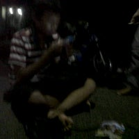 Photo taken at Mesjid mulawarman by Herjunot M. on 3/31/2012
