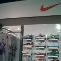 Photo taken at Nike Outlet @ Premium Cha Am Outlet by iLoveWhopper on 6/20/2011