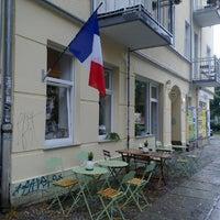 Photo prise au Louise Chérie Café par Jouni K. le7/7/2012