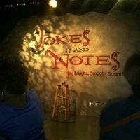 Photo taken at Jokes And Notes Comedy Club by Julia G. on 8/9/2012