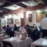 Photo prise au Taverna El Glop par Alex M. le11/21/2011