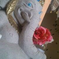 Foto tirada no(a) Garam Massala por Nubiha K. em 12/16/2011