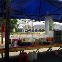 Photo taken at pasar malam taman sri aman by areface S. on 1/18/2012