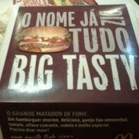 Photo taken at McDonald's by Tainá P. on 11/10/2011