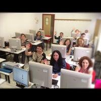Foto tomada en Consultoría Garben por Ricardo L. el 5/20/2012