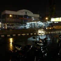 Photo taken at Harmoni Central Busway by ♛ Azis Backpacker ♛ I. on 5/23/2011