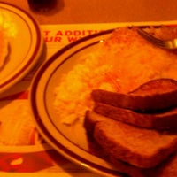 Photo taken at Denny's by Fuchapro on 11/12/2011