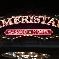 Photo taken at Ameristar Casino Hotel Kansas City by Eduardo S. on 10/9/2011
