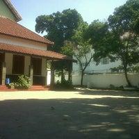 Photo taken at SDN Merdeka 5 Bandung by kelik z. on 6/17/2012