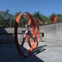 Foto tirada no(a) Museu Brasileiro da Escultura (MuBE) por Pecopelecopeco em 8/17/2011
